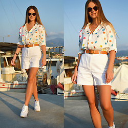 Tamara Bellis - Just Fashion Now Polka Dot Shirt, Zara Shorts, Pull & Bear Belt, Pull & Bear Sneakers, Crulle Eyewear Sunglasses - How To Style Rainbow Shirt