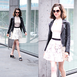 Claire H - Acne Studios Biker Jacket, H&M Shirt, H&M Scuba Skirt (Old), Högl Black Mules - Outfit Inspiration Week Day 2