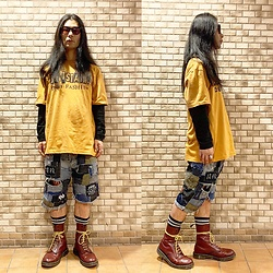 @KiD - Buttstain Tee, Rat Swamp Crust Shorts, Dr. Martens 10 Hole, Typhoon Mart Sunglasses - JapaneseTrash603