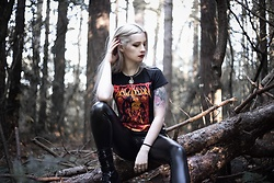 Joan Wolfie - Black Rabbit T Shirt - TAKEN BY THE DEVIL // IG: @joanwolfie