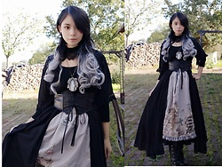 Nowaki Selenocosmia - Violet Fane The Funeral Skirt, Souffle Song Overdress - The funeral