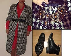 Selina - Vintage Sale Houndstooth Jacket, Vinted Ruffled Dress, Michal Negrin Necklace - No compromise