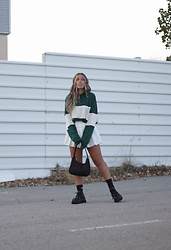 Claudia Villanueva - Shein Sweatshirt, Shein Skirt, Shein Bag, Zara Shoes - Call the tennis coach