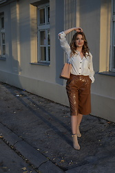 Sofija Surdilovic - H&M Linen Shirt, Shein Brown Leather Pants - Chocolate, caramel.. You name it!