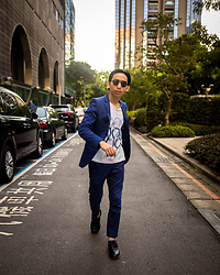 FL JU - Cos T Shirts, Topman Suit - City at sunset