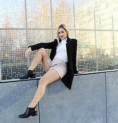Rita Franco - Zara Black Coat, Zara Faux Leather Short, Alexander Wang Black Boots - Warmer Days In The City