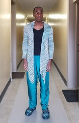 Thomas G - Mac & Jac Drape Shrug, Zenana Outfitters Long Sleeve V Neck, Teal Windbreaker Track Pants, Skechers Go Run Forza - Athletic + Leisure = Athleisure