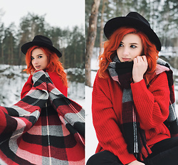 Vlada Kozachyshche - Mango Scarf, Zaful Sweater - Winter is Coming