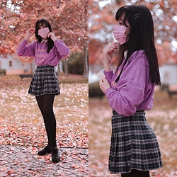 Filipa Lopes - Pull & Bear Purple Sweater, Yesstyle Black Mary Janes, Blippo Kawaii Mask - Wearing is caring