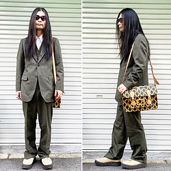 @KiD - Typhoon Mart Sunglasses, Vivienne Westwood Squiggle Bag, George Cox Rubber Sole, Vintage Set Up - JapaneseTrash611