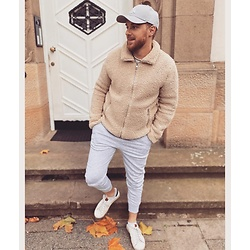 Thibaud Coquillon - New Era Cap, H&M Jacket, New Yorker Jogger, Victoria Sneakers - #19