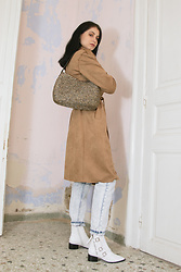 Life Stalkers - Sen Handmade Knit Bag, Trenchcoat, Levi's® Daddy's Jeans, Jeffrey Campbell Shoes Western Booties - Urban West