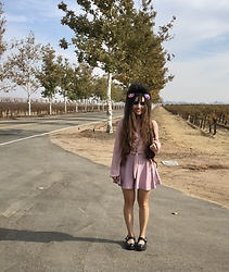 Samantha W -  - Rolling Vineyards