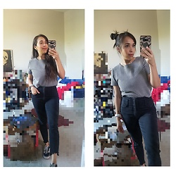 Marina - Vans, High Waisted Jeans, Checkered Top - Simple yet classic