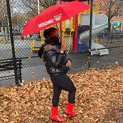 Monica M - Moschino Rainy Day, Ugg Boots - Fallen leaves