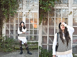 "Jelena Dimić - Shein Houndstooth Sweater Vest, Zara Oversized White Shirt, H&M Beret, Cocopat Baguette Bag ""Sara"", Aliexpress Tights, Rosefield Watch, Zara Combat Boots - Walk in your rainbow paradise"