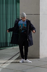 Kevin Elezaj - Paul Smith Sneakers, Paul Smith Pants, Paul Smith Sweater, Paul Smith Jacket, Paul Smith Beanie - Paul Smith