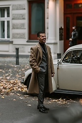 Kevin Elezaj - Hugo Boss Shoes, Hugo Boss Suit, Hugo Boss Coat, Hugo Boss Turtleneck - Camel