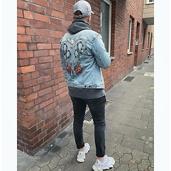 Thibaud Coquillon - Tigha Jeans Jacket, Calvin Klein Sneakers, New Era Cap - #20