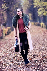 Butterfly Petty - Zaful Coat, Guess Bag, Morgan Skirt, C&A Sweater, Lazzarini Boots - Autumn look