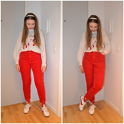 Mucha Lucha - H&M Jumper, H&M Trousers, Nike Sneakers - Red and cream