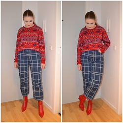 Mucha Lucha - Vrs Jumper, Monki Jeans, Zara Boots - Red and blue Christmas