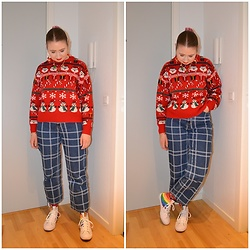 Mucha Lucha - H&M Jumper, Monki Jeans, Converse Sneakers - Festive and blingy jewellery