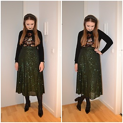 Mucha Lucha - Dorothy Perkins Jumper, H&M Skirt, & Other Stories Heels - Lots of sequins and sparkles