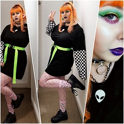 April Willis - Shein Checkered Shirt Dress, Shein Green Tape Belt, Shein Alien Socks, Purple Fishnet Tights, I Heart Revolution Slime Palette - Take me to your leader