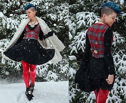 Carolyn W - Thrifted, Bcp Jewelry Crystal, Plaid, Black Milk Clothing, We Love Colors Sparkly, Harley Davidson - Christmas Wishes