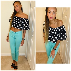 Jasmine Wilson - Lucy Wang Ruffled Black Polka Dot Shirt, Rag & Bone Sea Foam Green Jeans - Polka dots in a sea of green