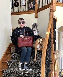 Shannon D - Vintage Coat With Star Print, Golden Goose Sneakers, Hermès Bag, Saks 5th Ave. Cashmere Sweater - Starstruck