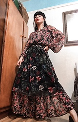 Weronika Bukowczan - Stradivarius Midi Floral Skirt, Miss Selfridge Maxi Floral Dress, Chain Belt, Statement Earrings - IG: @vintageshadeson