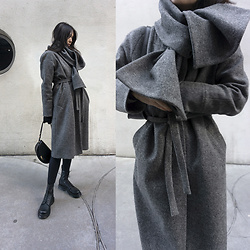 Aliya A - Some Moment Coat - WOOL COAT WITH SCARF