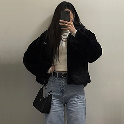 Una - Crank Jacket, Zara Wide Leg Jeans, Prada Re Edition2005, Zara White High Neck Sweater - Winter OOTD
