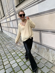 Anna Borisovna - Sezane Sweater, Zara Pants, Bottega Veneta Sunglasses - The yellow sweater