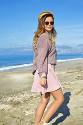 Tamara Bellis - Noracora Pink Sweater, Zaful Pink Dress, Pull & Bear Hat - Sunny Beach Walks