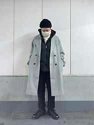 ★masaki★ - Asos Beanie, Collusion Over Coat, Boohoo Hoodie Puffervest, Magnum Sneakers - Layering