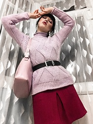 Weronika Bukowczan - Dark Purple A Line Mini Skirt, Chunky Knit Turtle Neck Lilac Jumper, Lilac Leather Vintage Bag, Vintage Leather Black Belt, Statement Earrings - IG: @vintageshadeson