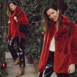 Natasha Karpova - Topshop Patent Pants, H&M Red Fur Jacket, Koton White Sweater, Portal Black Suede Bag - RED ❤️ FUR