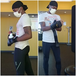 Thomas G - Homage Buckeye Bullet Jesse Owens, Everlast Mma Gloves, Yelp Water Bottle, Durag, Mask, Gore Running Wear Tights - Today's workout