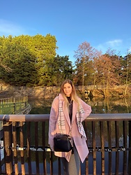 Elisa B. - Primark Pink Coat, Michael Kors Shoulder Bag, C&A Warm Pants - 24.02.21