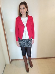 Sabrina Lamandé -  - Red jacket and skirt