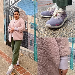 Jess - Asics End X Gel Lyte Iii Pearl, Uniqlo Lilac Sweater - Pearls + Pastels