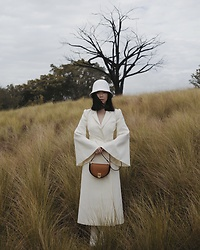 Willabelle Ong - Fendi Moonlight Leather Bag In Tan/ Brown, Fendi White Dress/ Coat With Wide Sleeves - Fendi Moonlight