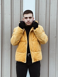 Filipe Marques - Asos Corduroy Puffy Jacket, Zara Gloves, Zara Black Jeans, H&M Turtle Neck - 28/01/21
