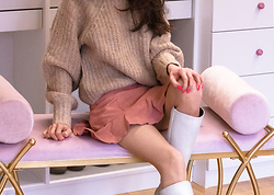 Veronika Lipar - H&M Camel Sweater, H&M Mini Flounced Suede Skirt, White Knee Boots - How to Wear Mini Suede Skirt in Winter
