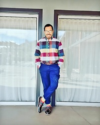 Greg Prince - Izod Shirt, H&M Chinos, Sperry Boat Shoe - Colorful Cool