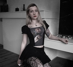 Joan Wolfie - Current Mood Corset Top, Current Mood Skirt - ROSE STAINED SORROWS // IG: @joanwolfie