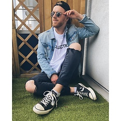 Thibaud Coquillon - Tigha Jeans Jacket, H&M Jeans, Asos X Dark Future Shirt, Levi's® Cap, Converse Sneakers, Asos Sunglasses - #26